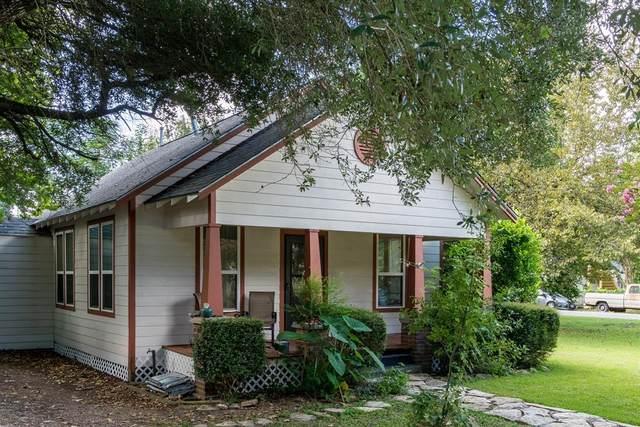 111 Mcphail Street, Tomball, TX 77375 (MLS #27476988) :: Michele Harmon Team