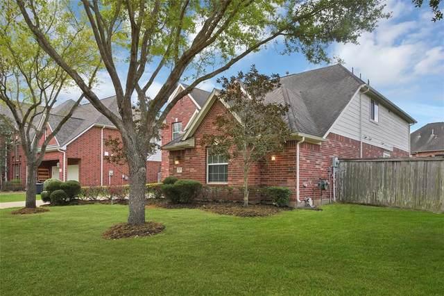 5231 Emerald Trace Court, Sugar Land, TX 77479 (MLS #27523610) :: Christy Buck Team