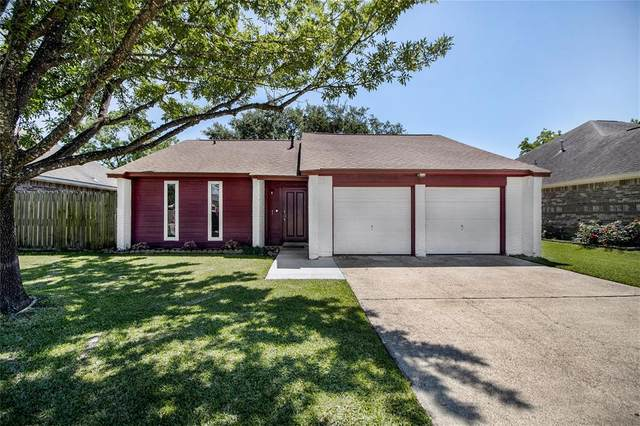 5115 Parsley Street, Baytown, TX 77521 (MLS #27526246) :: Michele Harmon Team