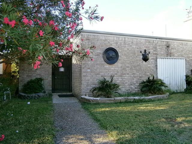 2106 Avenue L, Galveston, TX 77550 (MLS #27602964) :: Carrington Real Estate Services