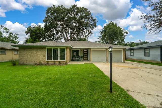 616 Elmore Street, League City, TX 77573 (MLS #27625773) :: Connect Realty