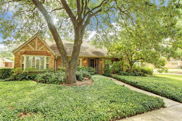 9711 Burdine Street, Houston, TX 77096 (MLS #27667392) :: Fairwater Westmont Real Estate