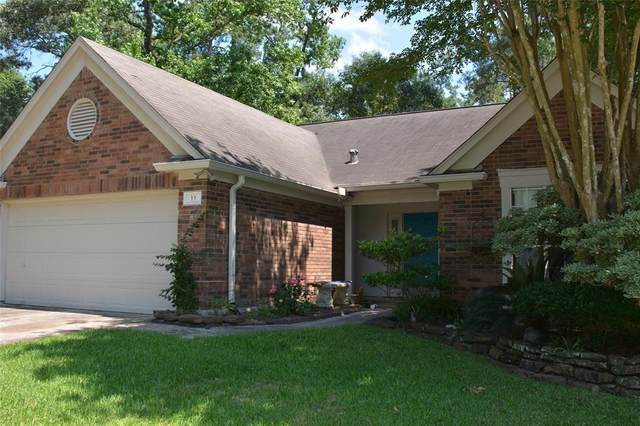 11 Amber Fire Place, The Woodlands, TX 77381 (MLS #27676327) :: The Heyl Group at Keller Williams