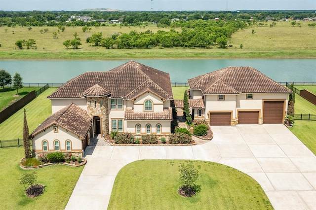 322 Red Oak Drive, Dickinson, TX 77539 (MLS #2773853) :: Keller Williams Realty