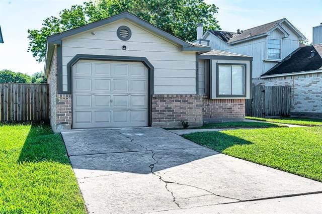 16207 Rosenridge Drive, Houston, TX 77053 (MLS #27832516) :: The Bly Team
