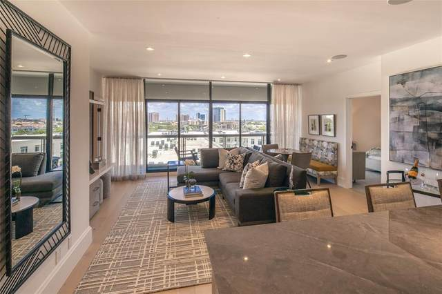 1701 Hermann Drive 18D, Houston, TX 77004 (MLS #27933540) :: My BCS Home Real Estate Group