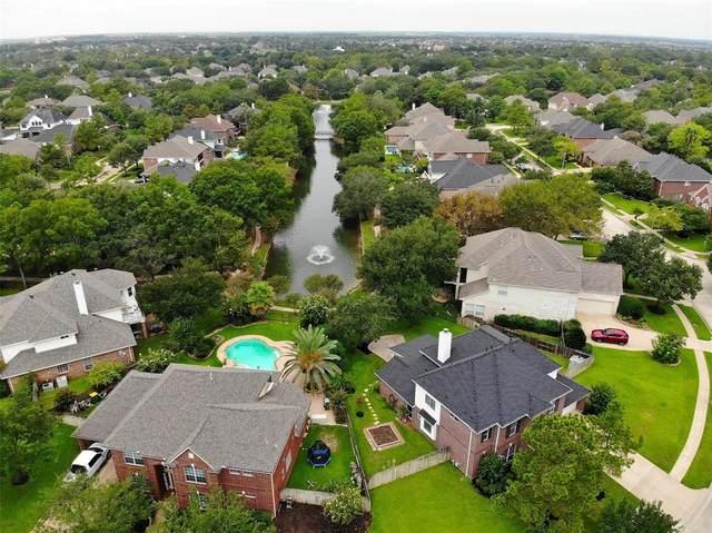 15715 Lake Loop Drive, Cypress, TX 77433 (MLS #28015782) :: Christy Buck Team