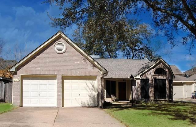 2122 Westwood Drive, Stafford, TX 77477 (MLS #28083585) :: Homemax Properties