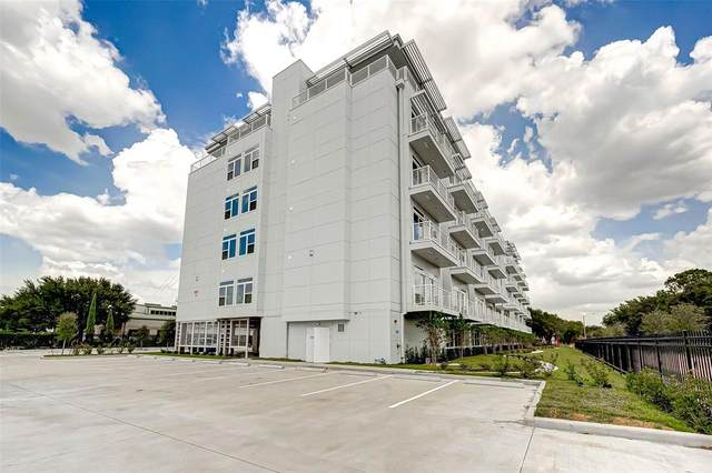 6955 Turtlewood Drive #301, Houston, TX 77072 (MLS #28104607) :: Caskey Realty