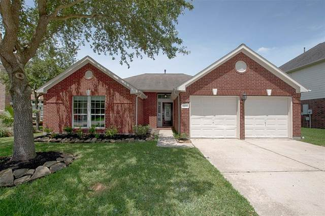3106 Eagle Nest Drive, La Porte, TX 77571 (MLS #28154298) :: The Queen Team