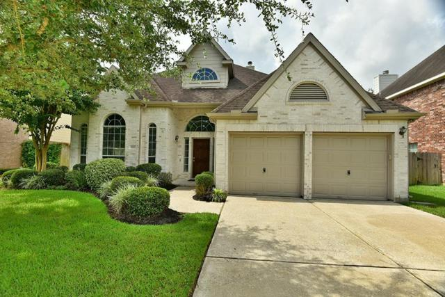 2221 Scenic Shore Drive, Seabrook, TX 77586 (MLS #28193514) :: The Heyl Group at Keller Williams