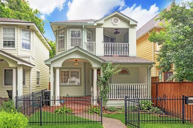 235 W 26th Street, Houston, TX 77008 (MLS #28199828) :: NewHomePrograms.com