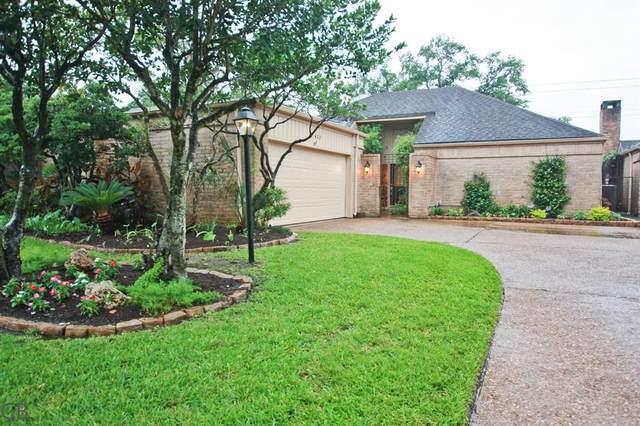 422 Fox Briar Lane, Sugar Land, TX 77478 (MLS #28228030) :: The Property Guys
