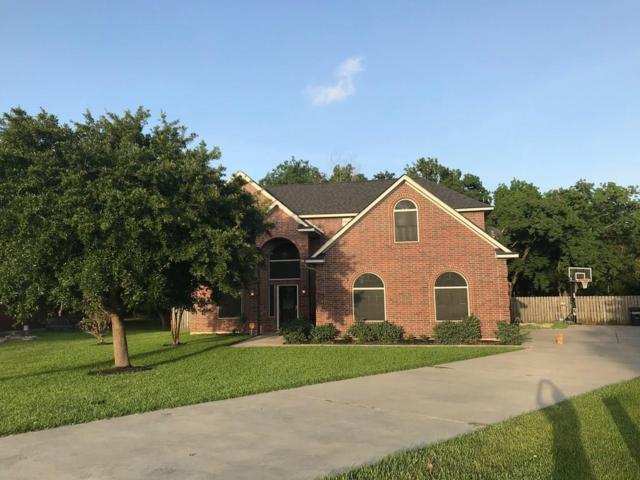 2219 Magnolia Bend, Baytown, TX 77523 (MLS #28246391) :: Texas Home Shop Realty