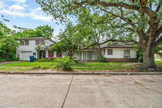 1003 W 7th Street, Freeport, TX 77541 (MLS #28352694) :: The SOLD by George Team