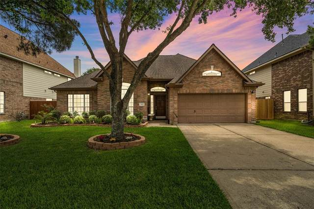 3441 Bay Breeze Drive, Seabrook, TX 77586 (MLS #28356274) :: Ellison Real Estate Team