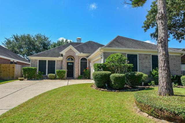 3906 Vinecrest Drive, Pearland, TX 77584 (MLS #28419187) :: Caskey Realty