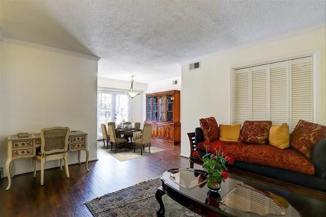2744 Briarhurst Drive #2, Houston, TX 77057 (MLS #28622149) :: Connect Realty