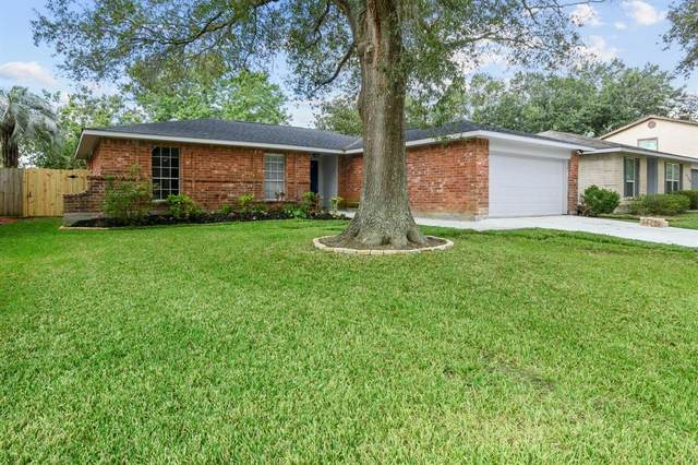 6127 Creekside Lane, League City, TX 77573 (MLS #28691089) :: The SOLD by George Team