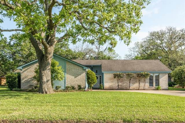 276 Mossy Meadow Drive, West Columbia, TX 77486 (MLS #28777745) :: Michele Harmon Team