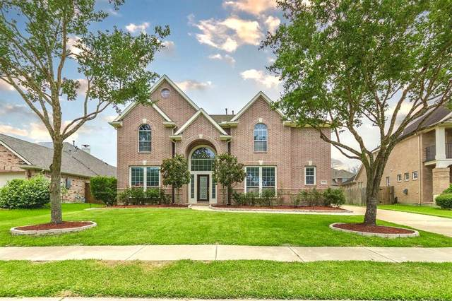 12209 Mossy Trail Court, Pearland, TX 77584 (MLS #28810789) :: All Cities USA Realty