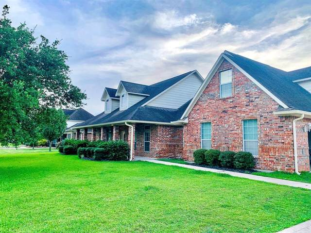 3219 Sable Palm Drive, Mont Belvieu, TX 77523 (MLS #288908) :: Ellison Real Estate Team