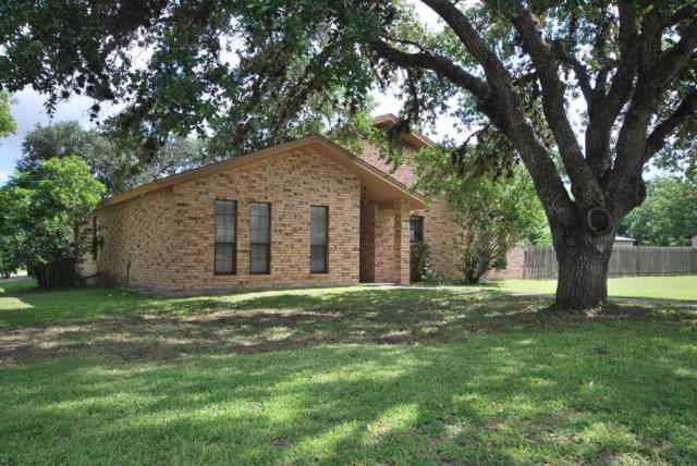103 E 1st Street, Flatonia, TX 78941 (MLS #28916173) :: The Parodi Team at Realty Associates