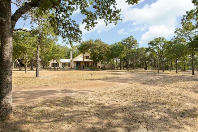 535 Sandy Lane, Fredericksburg, TX 78624 (MLS #28980797) :: Texas Home Shop Realty