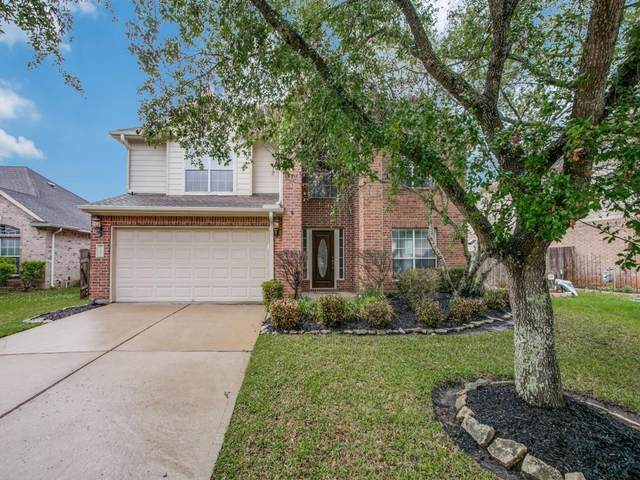 2304 Diamond Springs Drive, Pearland, TX 77584 (MLS #29099624) :: The Queen Team