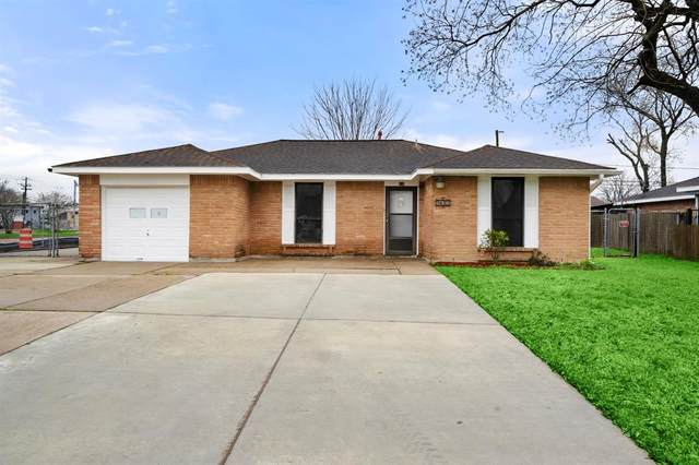 830 Grassmont Street, Channelview, TX 77530 (MLS #29190757) :: The SOLD by George Team