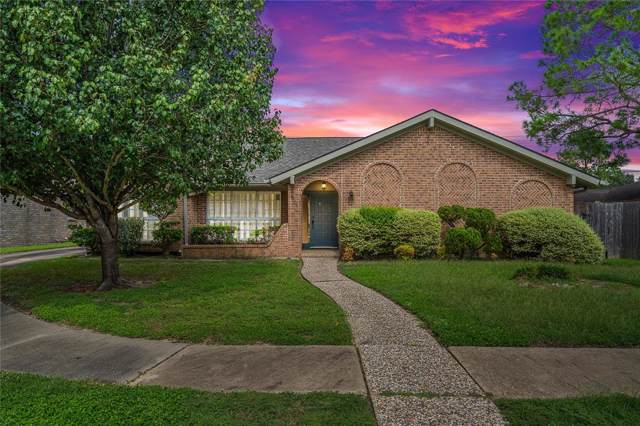 7726 Braes Meadow Drive, Houston, TX 77071 (MLS #29208781) :: The Home Branch