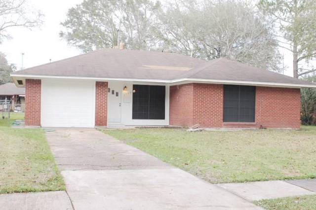 1704 Chilton Drive, Baytown, TX 77520 (MLS #29318194) :: The Queen Team