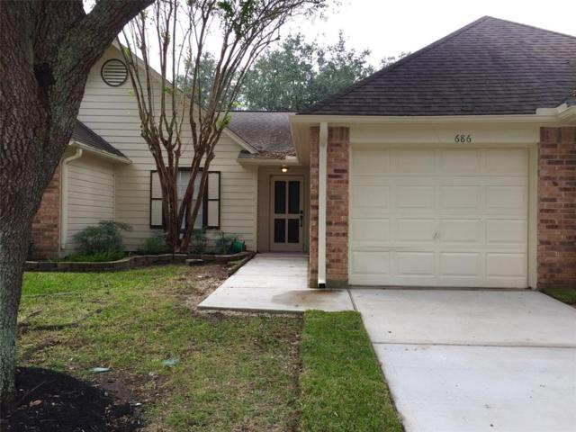 686 W Country Grove Circle, Pearland, TX 77584 (MLS #29356603) :: Texas Home Shop Realty