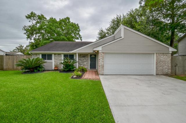 304 Old Course Drive, Friendswood, TX 77546 (MLS #29534184) :: Christy Buck Team