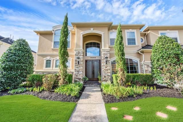14203 Jade Cove Drive, Houston, TX 77077 (MLS #29615611) :: The Bly Team
