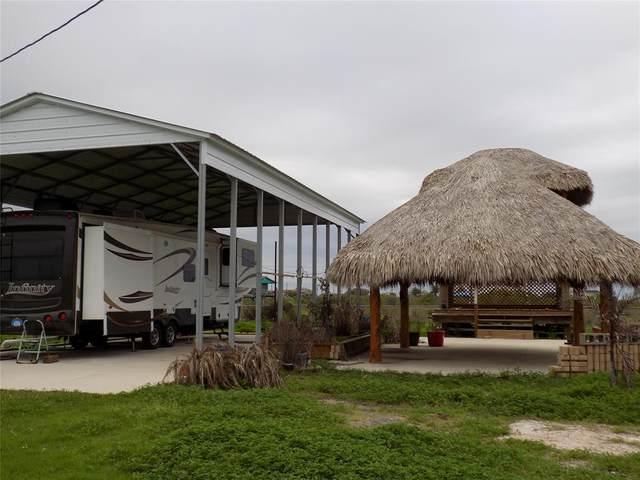 37 White Cap Street, Sargent, TX 77414 (MLS #29630553) :: Guevara Backman
