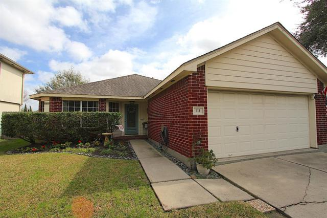 111 Mammoth Springs Lane, Dickinson, TX 77539 (MLS #29659113) :: Texas Home Shop Realty