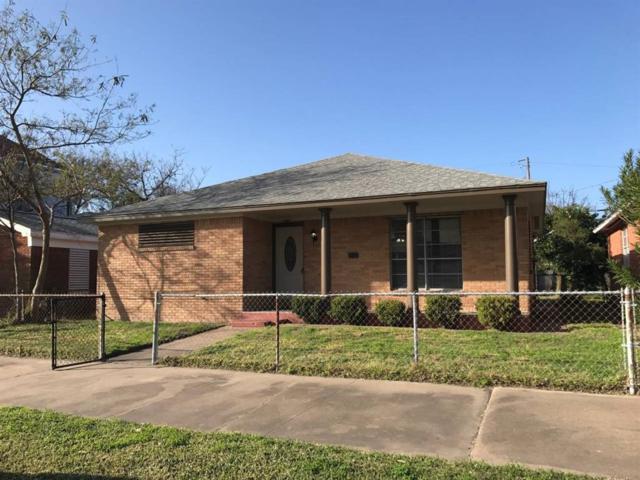 2114 Avenue L, Galveston, TX 77550 (MLS #2967852) :: Team Parodi at Realty Associates