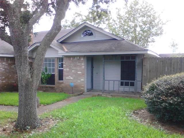 5200 Winding Brook Drive, Dickinson, TX 77539 (MLS #29694409) :: Phyllis Foster Real Estate