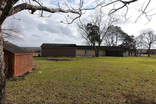 5839 County Road 288, Angleton, TX 77515 (MLS #2975099) :: The Bly Team