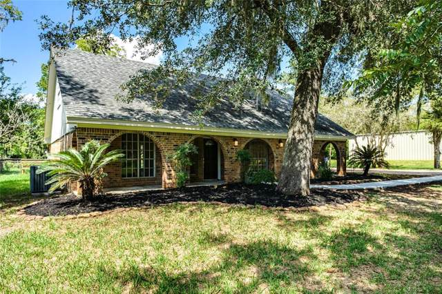 320 Rabbit Trail, Lake Jackson, TX 77566 (MLS #29760995) :: The Jennifer Wauhob Team