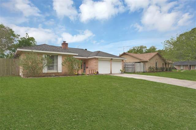 2115 Victoria, League City, TX 77573 (MLS #29819214) :: The SOLD by George Team