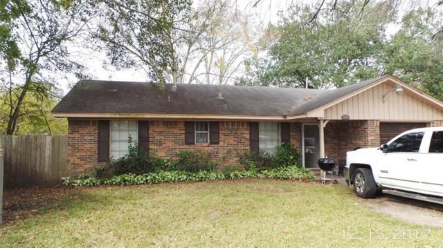 2304 Pear Court, Pearland, TX 77581 (MLS #29857384) :: Oscar Fine Properties