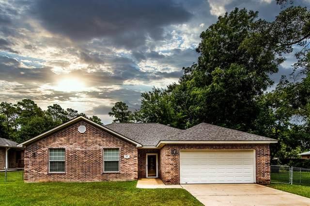 617 Hickory Drive, Huntsville, TX 77320 (MLS #29976758) :: The Freund Group