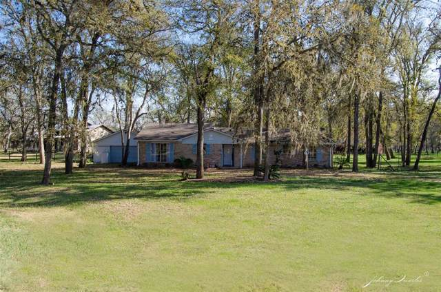 720 Fort Bend Drive, Simonton, TX 77476 (MLS #29996691) :: The SOLD by George Team