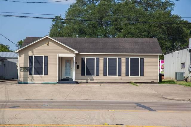 2512 1st Street, Rosenberg, TX 77471 (MLS #30081486) :: The Bly Team