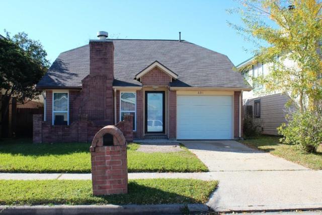 8211 Sanford Street, Baytown, TX 77521 (MLS #30232075) :: The Kevin Allen Jones Home Team