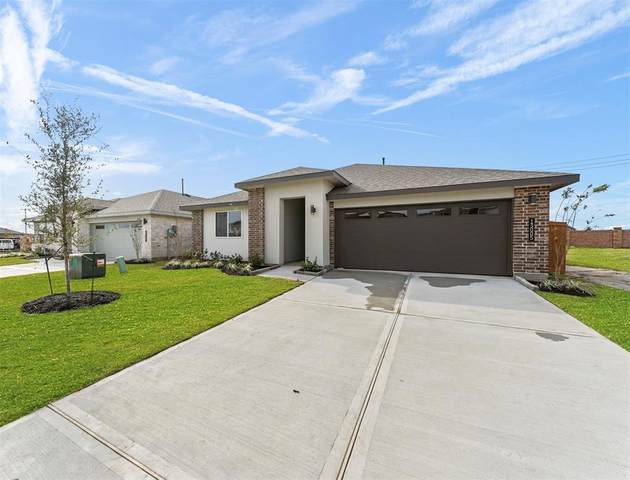 12925 Ocean Breeze Lane, Texas City, TX 77568 (MLS #30298818) :: Ellison Real Estate Team