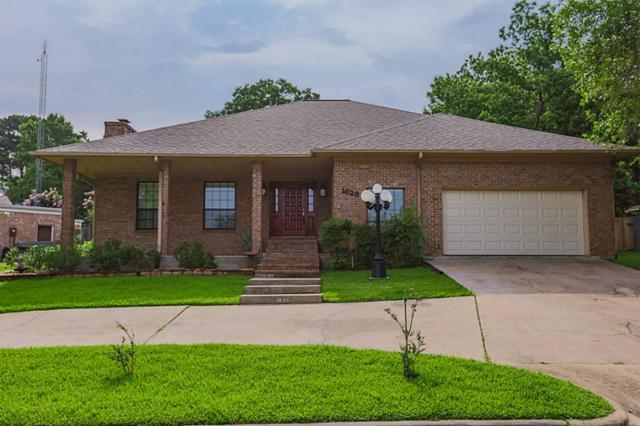 1623 Greenbriar Drive, Huntsville, TX 77340 (MLS #30324483) :: Mari Realty