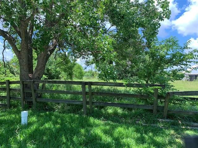 1438 Bayshore Drive, Kemah, TX 77565 (MLS #30330855) :: Phyllis Foster Real Estate